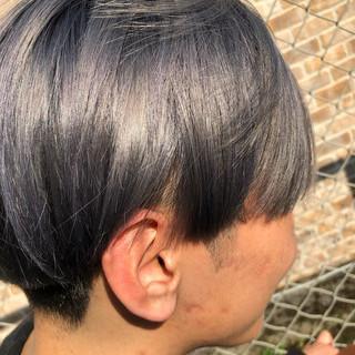グレージュ アッシュグレージュ ショート モード ヘアスタイルや髪型の写真・画像