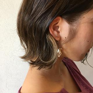 アッシュベージュ インナーカラー アッシュグレージュ アッシュグレー ヘアスタイルや髪型の写真・画像