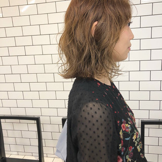 くせ毛風 ボブ ロブ ハイライト ヘアスタイルや髪型の写真・画像