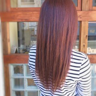 ストリート レッド セミロング 冬 ヘアスタイルや髪型の写真・画像
