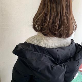 アンニュイほつれヘア ナチュラル 外国人風 ハイライト ヘアスタイルや髪型の写真・画像