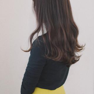 デート ロング 巻き髪 パーマ ヘアスタイルや髪型の写真・画像 ヘアスタイルや髪型の写真・画像