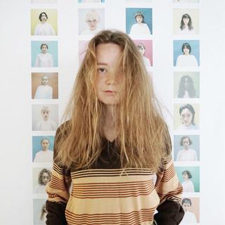 ウェーブ 外国人風 ヘアアレンジ ふわふわ ヘアスタイルや髪型の写真・画像