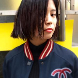 外国人風 ストリート ストレート 暗髪 ヘアスタイルや髪型の写真・画像
