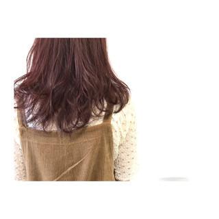 レッド セミロング フェミニン 透明感 ヘアスタイルや髪型の写真・画像