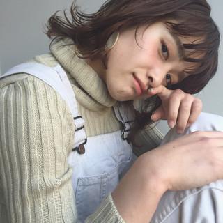ローライト ナチュラル ストリート 大人かわいい ヘアスタイルや髪型の写真・画像