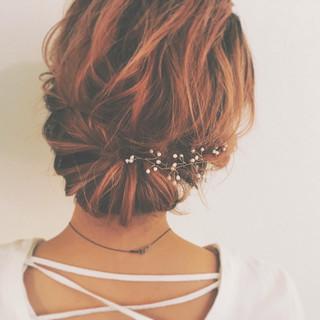 簡単ヘアアレンジ ギブソンタック ヘアアレンジ ショート ヘアスタイルや髪型の写真・画像