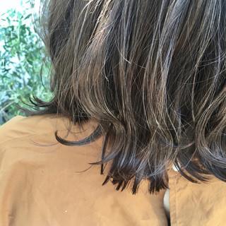 ナチュラル グレーアッシュ ボブ 暗髪 ヘアスタイルや髪型の写真・画像