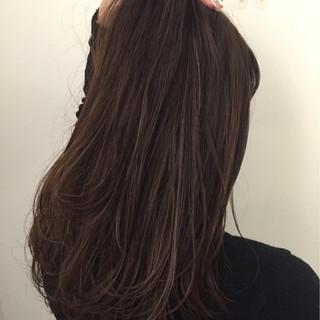 グレージュ 外国人風カラー ハイライト ミディアム ヘアスタイルや髪型の写真・画像