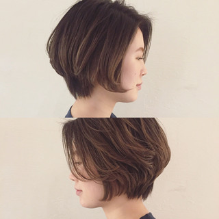 グラデーションカラー 外国人風 ミルクティー ナチュラル ヘアスタイルや髪型の写真・画像