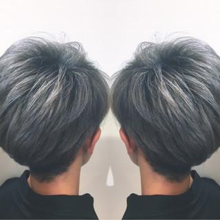 メンズ グレー ストリート ハイライト ヘアスタイルや髪型の写真・画像
