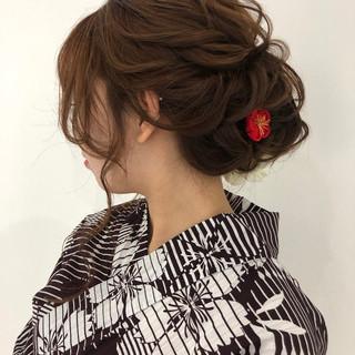 フェミニン ヘアアレンジ セミロング 浴衣ヘア ヘアスタイルや髪型の写真・画像