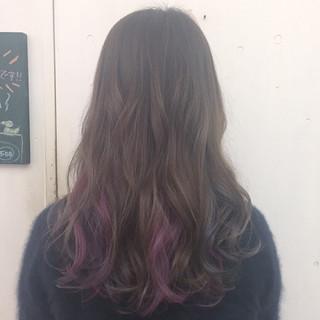パープル グレージュ グラデーションカラー ピンク ヘアスタイルや髪型の写真・画像