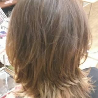 ミディアム フェミニン ナチュラル 大人かわいい ヘアスタイルや髪型の写真・画像