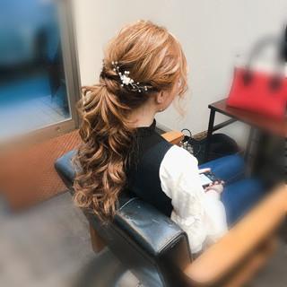 ねじり ヘアアレンジ ポニーテール ヘアセット ヘアスタイルや髪型の写真・画像