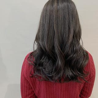 ナチュラル ナチュラルブラウンカラー ダークグレー ミディアム ヘアスタイルや髪型の写真・画像