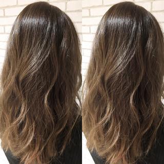 ナチュラル ロング 透明感 艶髪 ヘアスタイルや髪型の写真・画像
