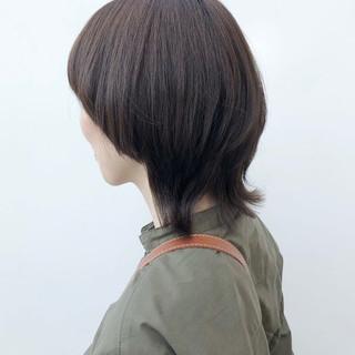 カーキアッシュ カーキ ナチュラル ミディアム ヘアスタイルや髪型の写真・画像