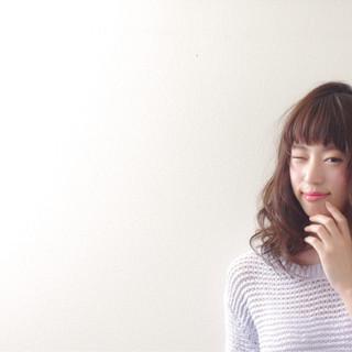 アッシュ ブラウン 春 外国人風 ヘアスタイルや髪型の写真・画像