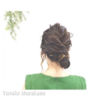 外国人風 メッシーバン ヘアアレンジ ミディアム ヘアスタイルや髪型の写真・画像
