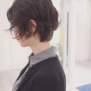 ストリート 色気 パーマ ニュアンス ヘアスタイルや髪型の写真・画像