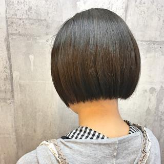 切りっぱなし モード 縮毛矯正 パーマ ヘアスタイルや髪型の写真・画像 ヘアスタイルや髪型の写真・画像