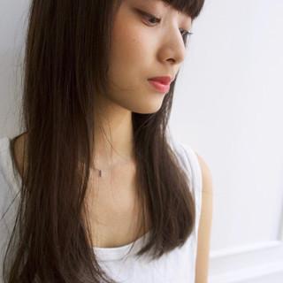 ショートバング セミロング 透明感 ナチュラル ヘアスタイルや髪型の写真・画像