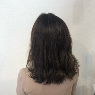 ナチュラル 暗髪女子 大人カジュアル ブラウンベージュ ヘアスタイルや髪型の写真・画像