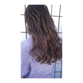 イルミナカラー ストリート 透明感 グラデーションカラー ヘアスタイルや髪型の写真・画像