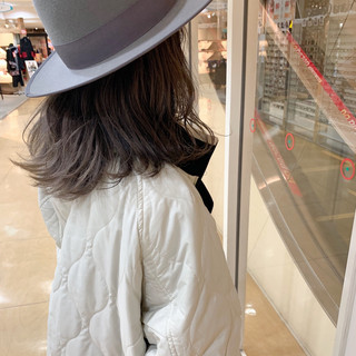 デート アンニュイほつれヘア セミロング ナチュラル ヘアスタイルや髪型の写真・画像