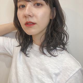 ヘアアレンジ デート 外ハネボブ ミディアム ヘアスタイルや髪型の写真・画像