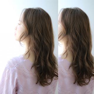 アッシュグレージュ ナチュラル 外国人風 アッシュ ヘアスタイルや髪型の写真・画像