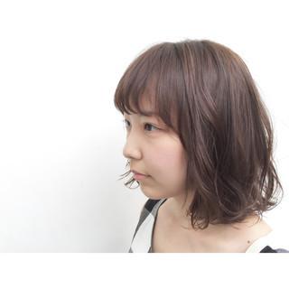 ミディアム ナチュラル 暗髪 イルミナカラー ヘアスタイルや髪型の写真・画像