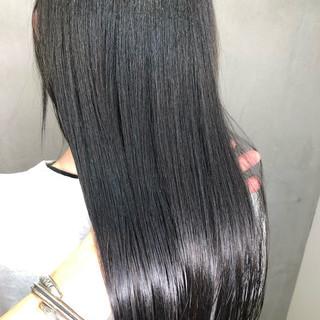 ナチュラル オフィス ツヤ髪 ロング ヘアスタイルや髪型の写真・画像 ヘアスタイルや髪型の写真・画像