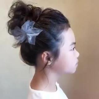 デート セミロング 結婚式 フェミニン ヘアスタイルや髪型の写真・画像