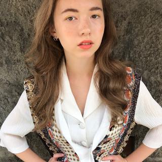 ロング ハイライト 秋 大人かわいい ヘアスタイルや髪型の写真・画像