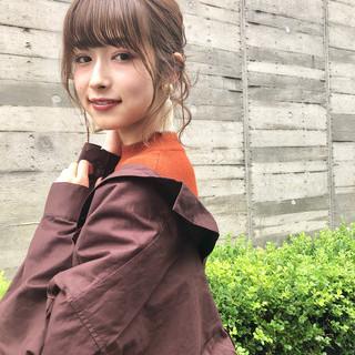 セミロング セルフヘアアレンジ 簡単ヘアアレンジ 前髪パーマ ヘアスタイルや髪型の写真・画像