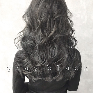 ロング ネイビーアッシュ ベージュ 暗髪 ヘアスタイルや髪型の写真・画像