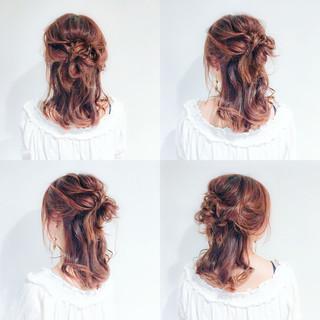 簡単ヘアアレンジ ハーフアップ フェミニン 外国人風 ヘアスタイルや髪型の写真・画像