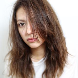 パーマ アッシュ 寝癖 黒髪 ヘアスタイルや髪型の写真・画像 ヘアスタイルや髪型の写真・画像
