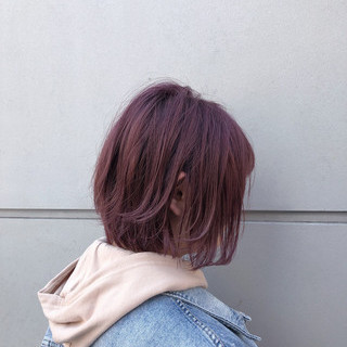 スポーツ ピンク アウトドア ショートボブ ヘアスタイルや髪型の写真・画像