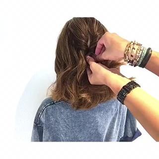 夏 簡単ヘアアレンジ フェミニン アウトドア ヘアスタイルや髪型の写真・画像