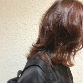 冬 外ハネ ラフ ミディアム ヘアスタイルや髪型の写真・画像 ヘアスタイルや髪型の写真・画像