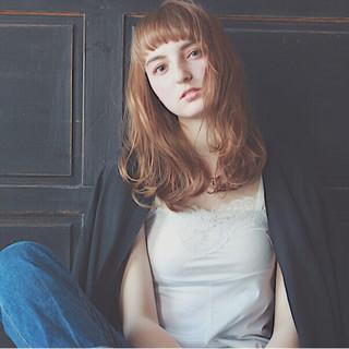 ミディアム パーマ ゆるふわ ワイドバング ヘアスタイルや髪型の写真・画像
