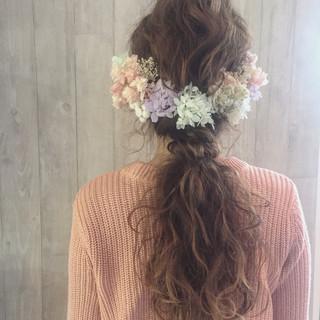 ゆるふわ 波ウェーブ ガーリー ロング ヘアスタイルや髪型の写真・画像