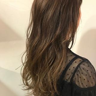デート 冬 ロング ゆるふわ ヘアスタイルや髪型の写真・画像