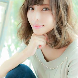 ゆるふわ ミディアム 大人かわいい フェミニン ヘアスタイルや髪型の写真・画像