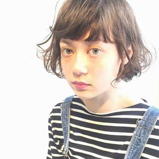モード ピュア アッシュ 前髪あり ヘアスタイルや髪型の写真・画像 ヘアスタイルや髪型の写真・画像