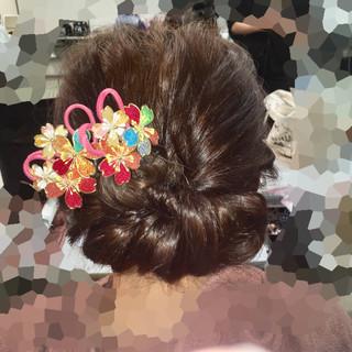 セミロング フェミニン アップスタイル ヘアアレンジ ヘアスタイルや髪型の写真・画像 ヘアスタイルや髪型の写真・画像