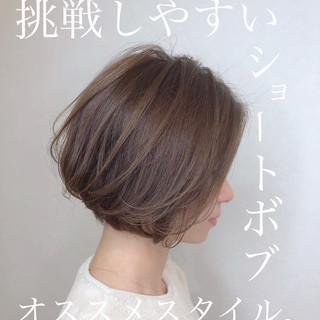 ナチュラル デート ショートボブ ミニボブ ヘアスタイルや髪型の写真・画像